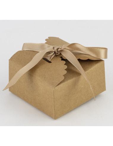 10-petites-boites-kraft-avec-biais-satin-beige-contenant-dragees